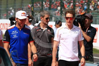 World © Octane Photographic Ltd. Formula 1 – Japanese GP - Drivers Parade. Scuderia Toro Rosso STR13 – Pierre Gasly, McLaren MCL33 – Stoffel Vandoorne and Haas F1 Team VF-18 – Romain Grosjean. Suzuka Circuit, Japan. Sunday 7th October 2018.