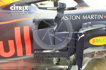 World © Octane Photographic Ltd. Formula 1 – Japanese GP - Pit Lane. Aston Martin Red Bull Racing TAG Heuer RB14 – Max Verstappen. Suzuka Circuit, Japan. Thursday 4th October 2018.