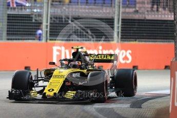 World © Octane Photographic Ltd. Formula 1 – Singapore GP - Qualifying. Renault Sport F1 Team RS18 – Carlos Sainz. Marina Bay Street Circuit, Singapore. Saturday 15th September 2018.