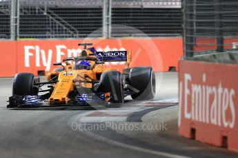 World © Octane Photographic Ltd. Formula 1 – Singapore GP - Qualifying. McLaren MCL33 – Fernando Alonso. Marina Bay Street Circuit, Singapore. Saturday 15th September 2018.