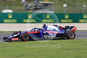 World © Octane Photographic Ltd. Formula 1 – Spanish GP - Saturday Practice 3. Scuderia Toro Rosso STR13 – Brendon Hartley. Circuit de Barcelona-Catalunya, Spain. Saturday 12th May 2018.