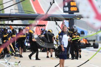 World © Octane Photographic Ltd. Formula 1 – United States GP - Practice 3. Renault Sport F1 Team pit crew. Circuit of the Americas (COTA), USA. Saturday 20th October 2018.