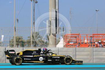 World © Octane Photographic Ltd. Formula 1 – Abu Dhabi GP - Practice 1. Renault Sport F1 Team RS19 – Daniel Ricciardo. Yas Marina Circuit, Abu Dhabi, UAE. Friday 29th November 2019.