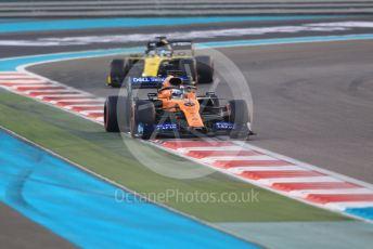World © Octane Photographic Ltd. Formula 1 – Abu Dhabi GP - Race. McLaren MCL34 – Carlos Sainz, Renault Sport F1 Team RS19 – Daniel Ricciardo. Yas Marina Circuit, Abu Dhabi, UAE. Sunday 1st December 2019.
