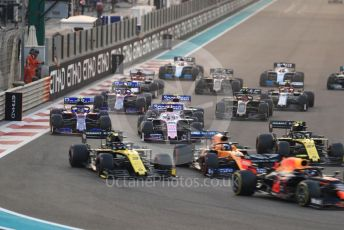 World © Octane Photographic Ltd. Formula 1 – Abu Dhabi GP - Race. The midfield pack at the race start. Yas Marina Circuit, Abu Dhabi, UAE. Sunday 1st December 2019.