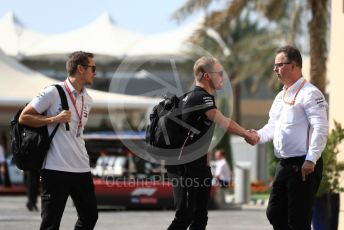 World © Octane Photographic Ltd. Formula 1 – Abu Dhabi GP - Paddock. Mercedes AMG Petronas Motorsport AMG F1 W10 EQ Power+ - Valtteri Bottas and Ron Meadows - Mercedes AMG F1 Team Manager. Yas Marina Circuit, Abu Dhabi, UAE. Thursday 28th November 2019.