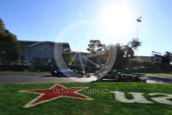 World © Octane Photographic Ltd. Formula 1 – Australian GP Practice 2. Renault Sport F1 Team RS19 – Nico Hulkenberg and ROKiT Williams Racing – Robert Kubica. Friday 15th Melbourne, Australia. Friday 15th March 2019.