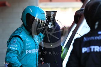 World © Octane Photographic Ltd. Formula 1 – Winter Testing - Test 2 - Day 2. Mercedes AMG Petronas Motorsport AMG F1 W10 EQ Power+ - Lewis Hamilton pit team waiting for him to pit. Circuit de Barcelona-Catalunya. Wednesday 27th February 2019.