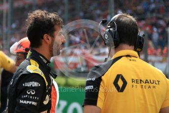 World © Octane Photographic Ltd. Formula 1 – Italian GP - Grid. Renault Sport F1 Team RS19 – Daniel Ricciardo. Autodromo Nazionale Monza, Monza, Italy. Sunday 8th September 2019.