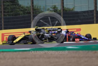 World © Octane Photographic Ltd. Formula 1 – Japanese GP - Practice 1. Renault Sport F1 Team RS19 – Nico Hulkenberg and Scuderia Toro Rosso STR14 – Daniil Kvyat. Suzuka Circuit, Suzuka, Japan. Friday 11th October 2019.