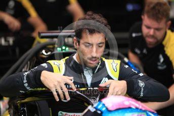 World © Octane Photographic Ltd. Formula 1 – Singapore GP - Practice 3. Renault Sport F1 Team RS19 – Daniel Ricciardo. Marina Bay Street Circuit, Singapore. Saturday 21st September 2019.