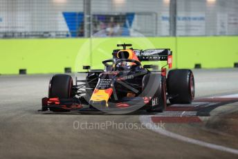 World © Octane Photographic Ltd. Formula 1 – Singapore GP - Qualifying. Aston Martin Red Bull Racing RB15 – Max Verstappen. Marina Bay Street Circuit, Singapore. Saturday 21st September 2019.
