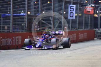 World © Octane Photographic Ltd. Formula 1 – Singapore GP - Qualifying. Scuderia Toro Rosso - Pierre Gasly. Marina Bay Street Circuit, Singapore. Saturday 21st September 2019.