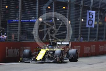World © Octane Photographic Ltd. Formula 1 – Singapore GP - Qualifying. Renault Sport F1 Team RS19 – Daniel Ricciardo. Marina Bay Street Circuit, Singapore. Saturday 21st September 2019.