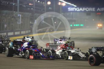 World © Octane Photographic Ltd. Formula 1 – Singapore GP - Race. Alfa Romeo Racing C38 – Antonio Giovinazzi and Scuderia Toro Rosso - Pierre Gasly. . Marina Bay Street Circuit, Singapore. Sunday 22nd September 2019.