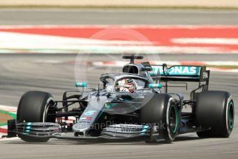 World © Octane Photographic Ltd. Formula 1 – Spanish GP. Practice 2. Mercedes AMG Petronas Motorsport AMG F1 W10 EQ Power+ - Lewis Hamilton. Circuit de Barcelona Catalunya, Spain. Friday 10th May 2019.