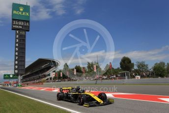 World © Octane Photographic Ltd. Formula 1 – Spanish GP. Qualifying. Renault Sport F1 Team RS19 – Daniel Ricciardo. Circuit de Barcelona Catalunya, Spain. Saturday 11th May 2019.