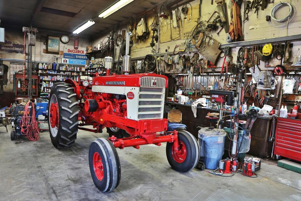 medium resolution of the 60 series proved to be long lasting reliable tractors for most farmers and were bulletproof once the new parts were installed in the rear end