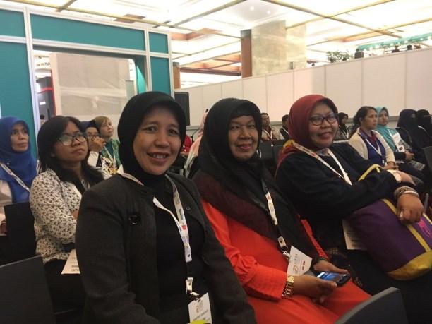 Nauczycielki z okolic Dżakarty