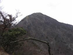 蛭ヶ岳山頂を振り返る