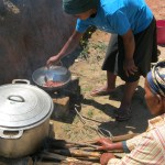 La cuisson sur un feu 3 pierre