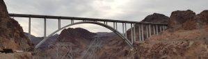 גשר מעל עמק