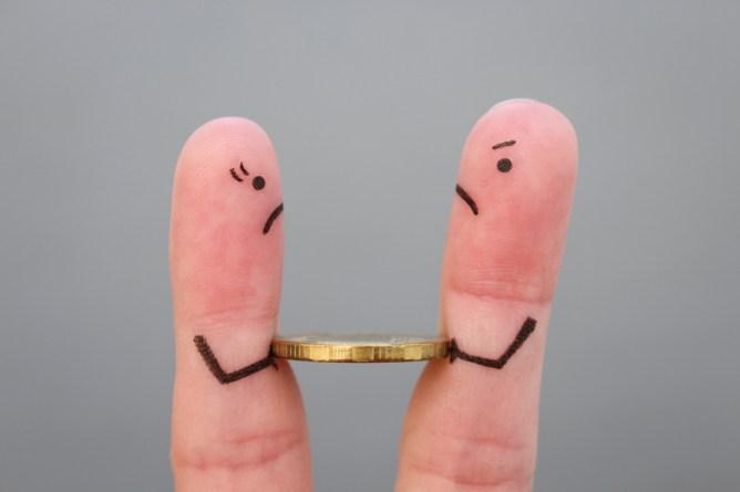 אצבעות מסמלות עסק משפחתי