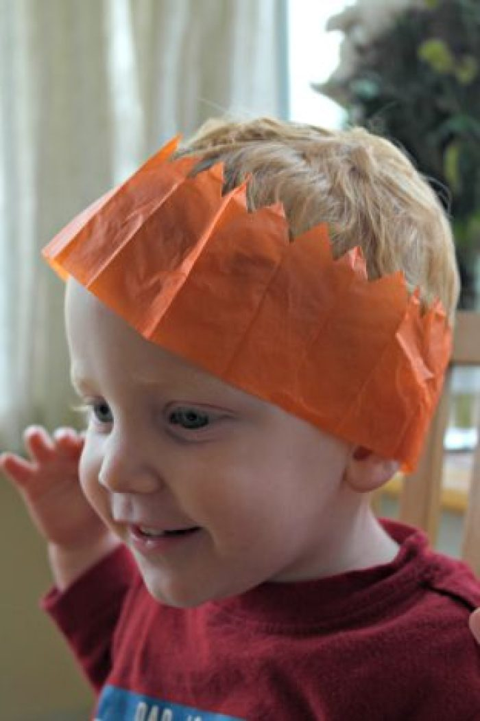 bakerdays Letterbox Cake Review   Christmas Hat http://oddhogg.com