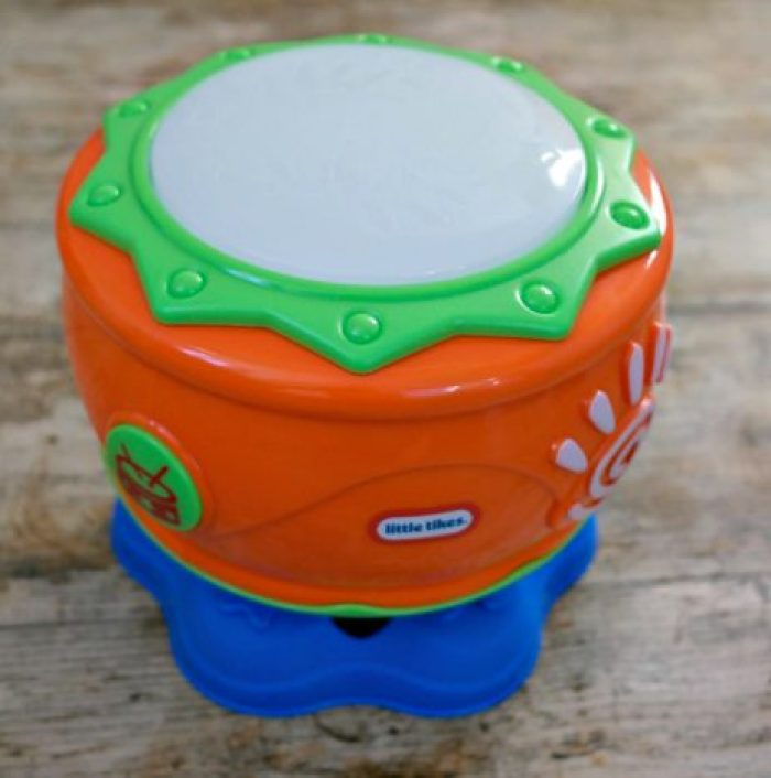 1st Birthday Gift Guide | Little Tikes Spin n Hit Drum http://oddhogg.com