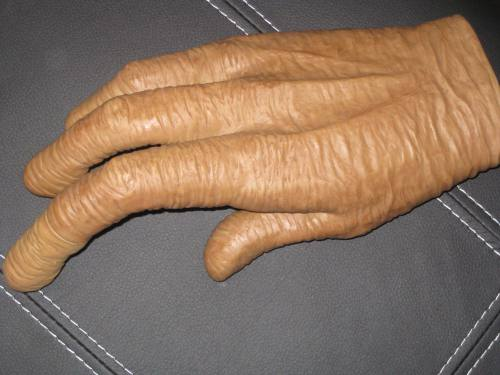 kitchen gifts for mom luxury cabinets e.t. glove with light up finger