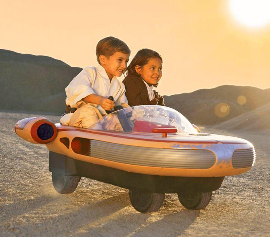 Kids RideOn Stars Wars Landspeeder Electric Toy Car