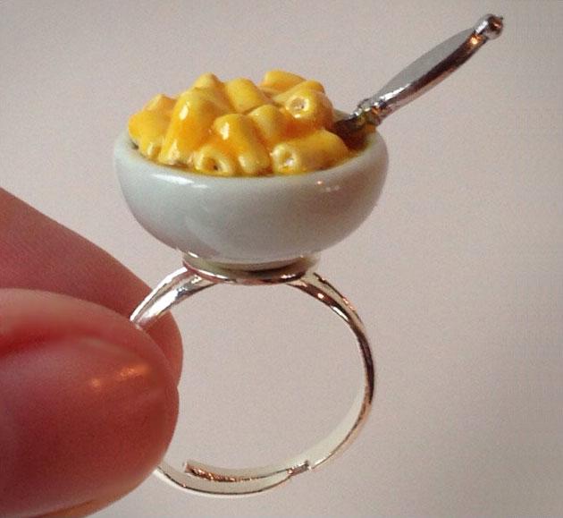 Mini Macaroni and Cheese Ring