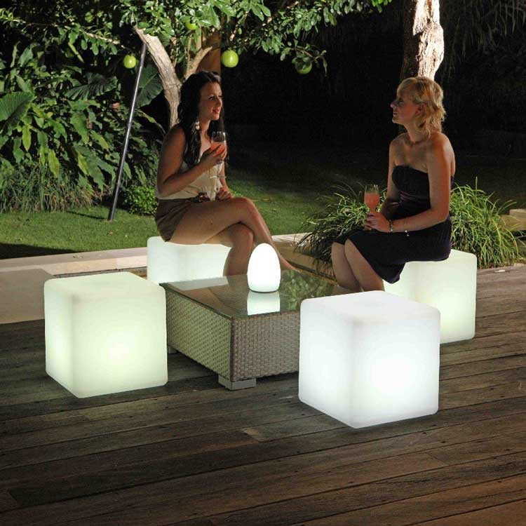 Outdoor LED Lighted Cube Chair