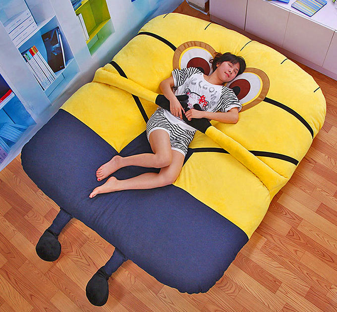 Minion Pillow Bed