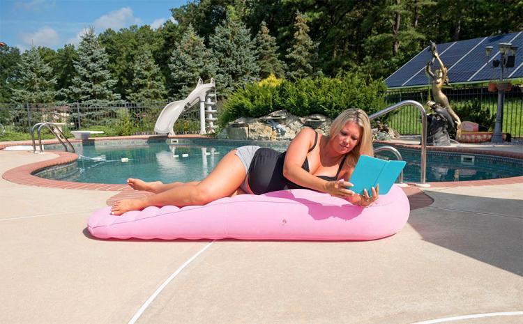 cozy bump pregnancy pillow allows