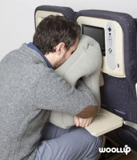 Pillow Hammock. Woollip: An Inflatable Travel Pillow For