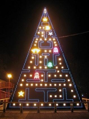 pacman-christmas tree