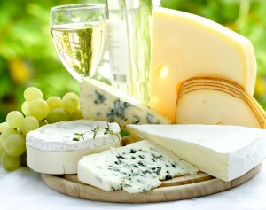 white_wine_and_cheese_ro9e