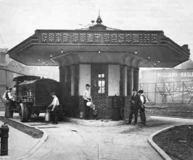 First drive-in gas station