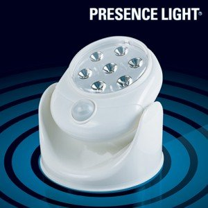 Presence-Light-Lamppu-Liiketunnistimella-1