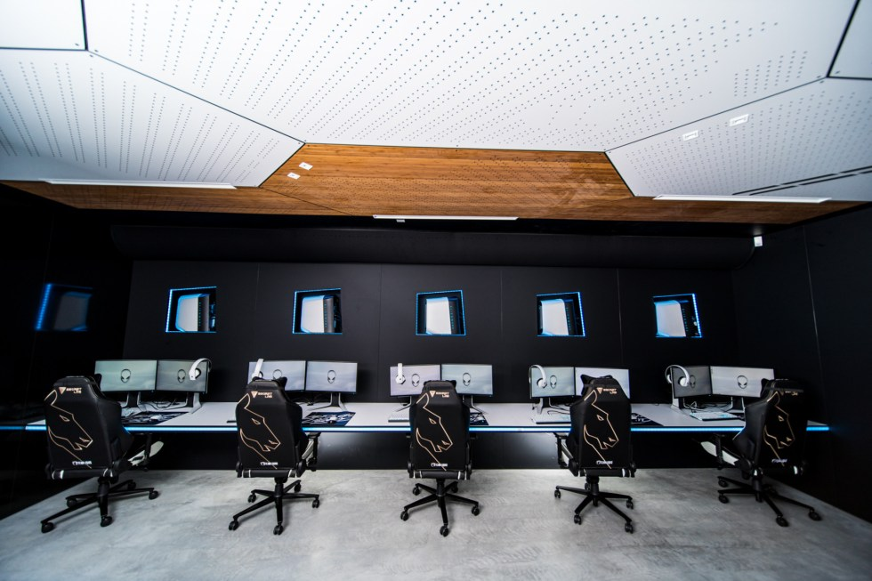 Alienware Training Facility EU - Scrim Rooms