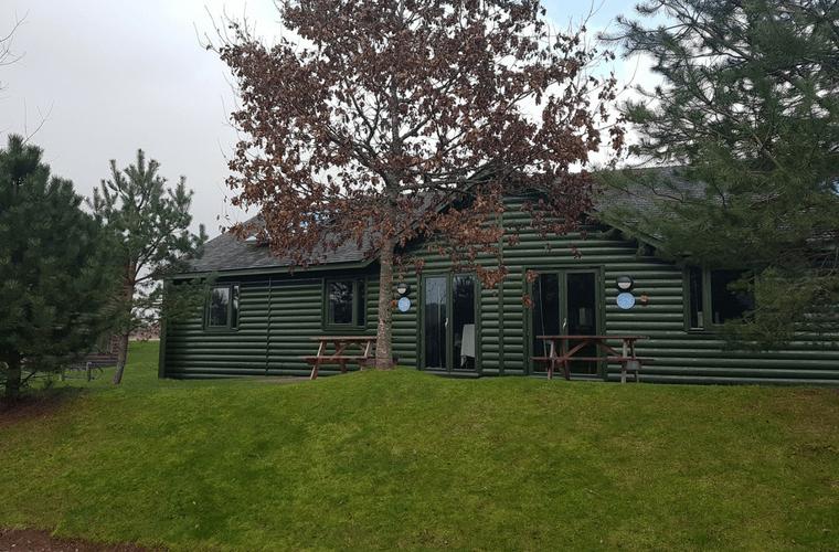 Bluetone Review - Caldey Lodge