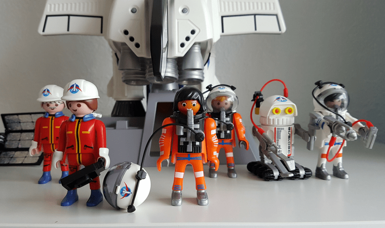 Out of this world - Space Toys from Playmobil - Female characters