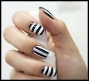 unique simple and beautiful nail