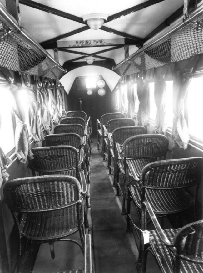 Asientos de aerolíneas pioneras.