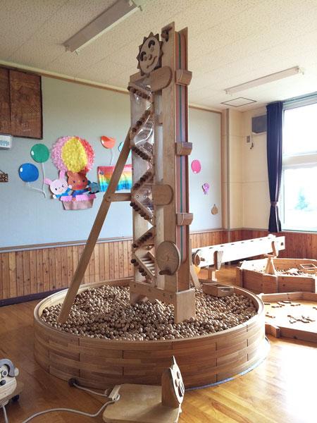 木のブランコに木の滑り台、動物に触れ合うこともできる月形町の「ちらいおつ遊び塾」に遊びに行って来ました!