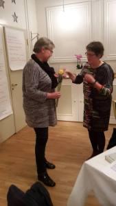 Optagelse af nyt medlem Kirsten Hansen på klubbens oktobermøde