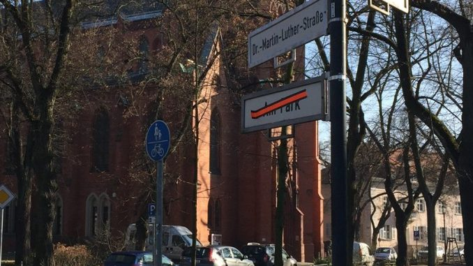 Dr-Martin-Luther-Straße