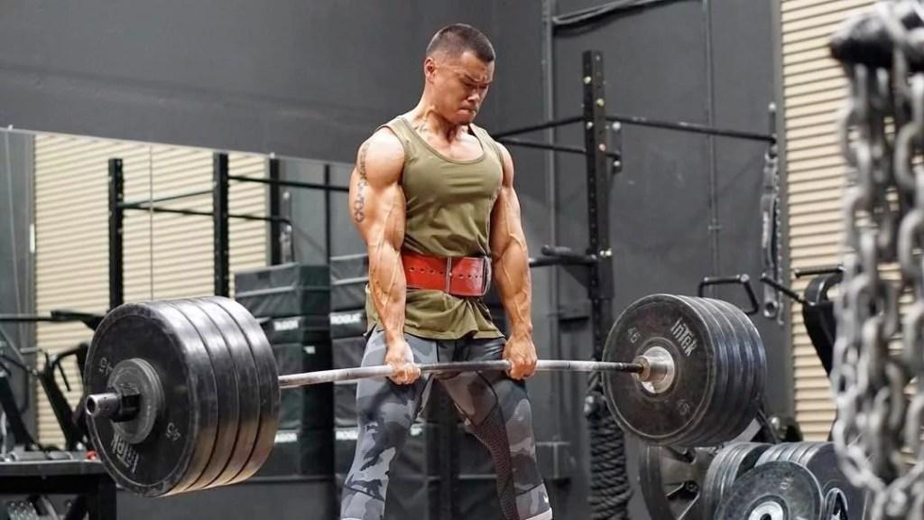 спортивная одежда бодибилдинга
