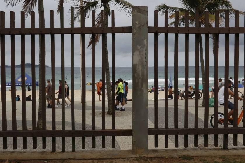 Sérgio would have entered through holes in the fences of the Garota de Ipanema Park, in Arpoador, which allow the entry of people even when the place is closed - Reginaldo Pimenta / Agencia O Dia
